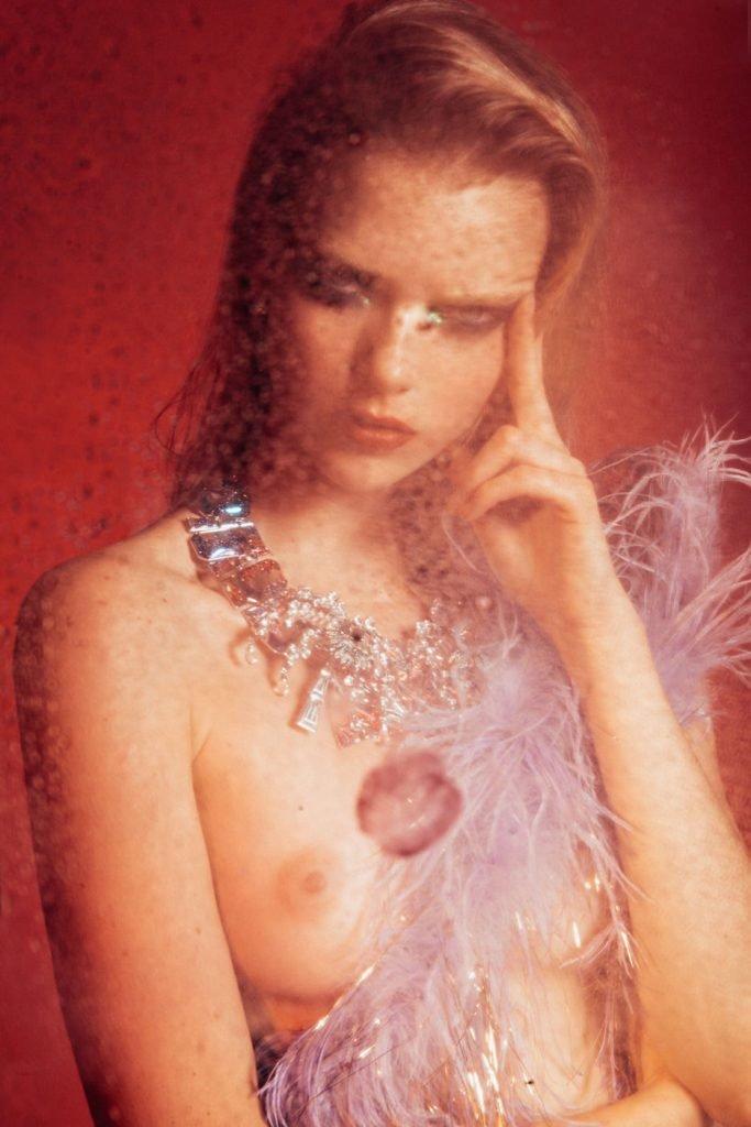 Kate Maresova Sexy & Topless (9 Photos)