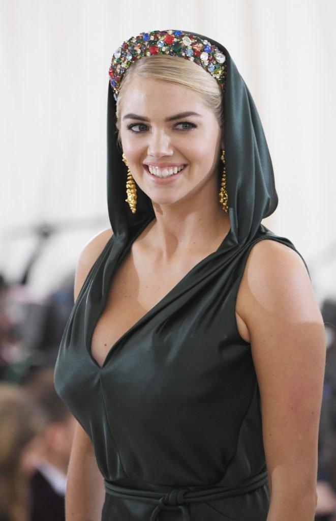 Kate Upton Sexy (19 Photos)