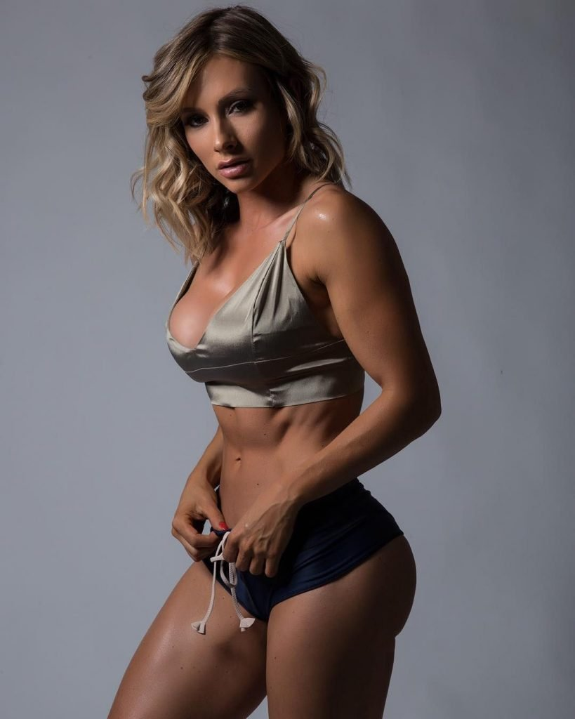 Paige Hathaway Nude & Sexy (122 Photos + GIFs & Videos)