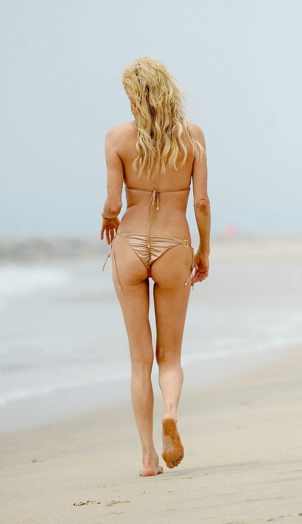 Brandi Glanville Sexy (28 Photos)