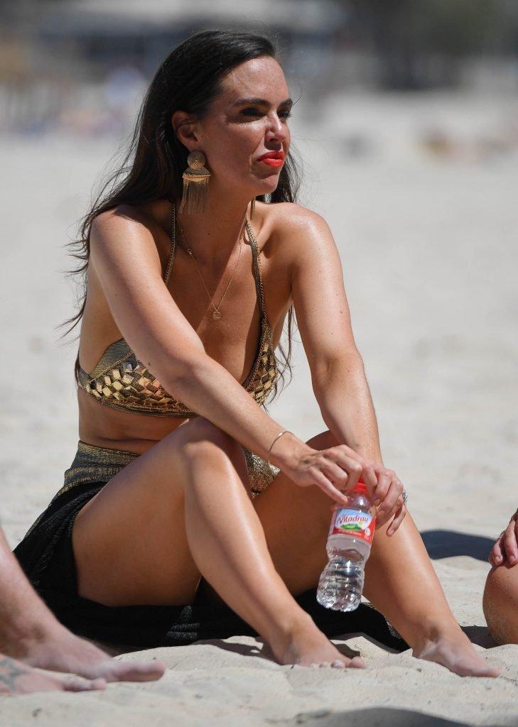 Jennifer Metcalfe Sexy (47 Photos)