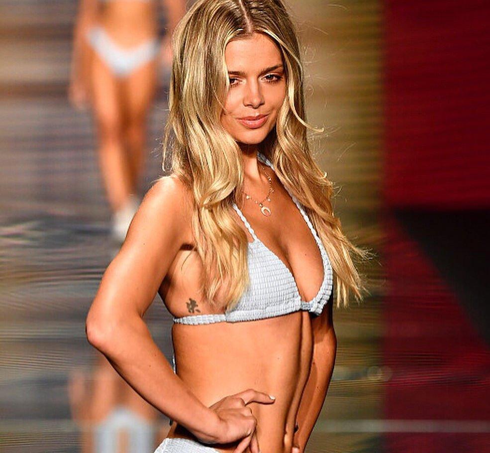 Danielle Knudson Nude & Sexy (80 Photos + GIF & Video)