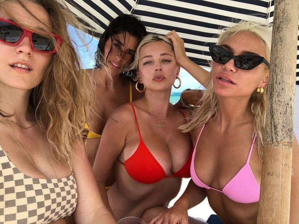 Devin Brugman, Natasha Oakley, Caroline Vreeland Sexy (48 Photos)