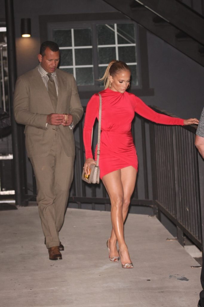 Jennifer Lopez Sexy (21 Photos)