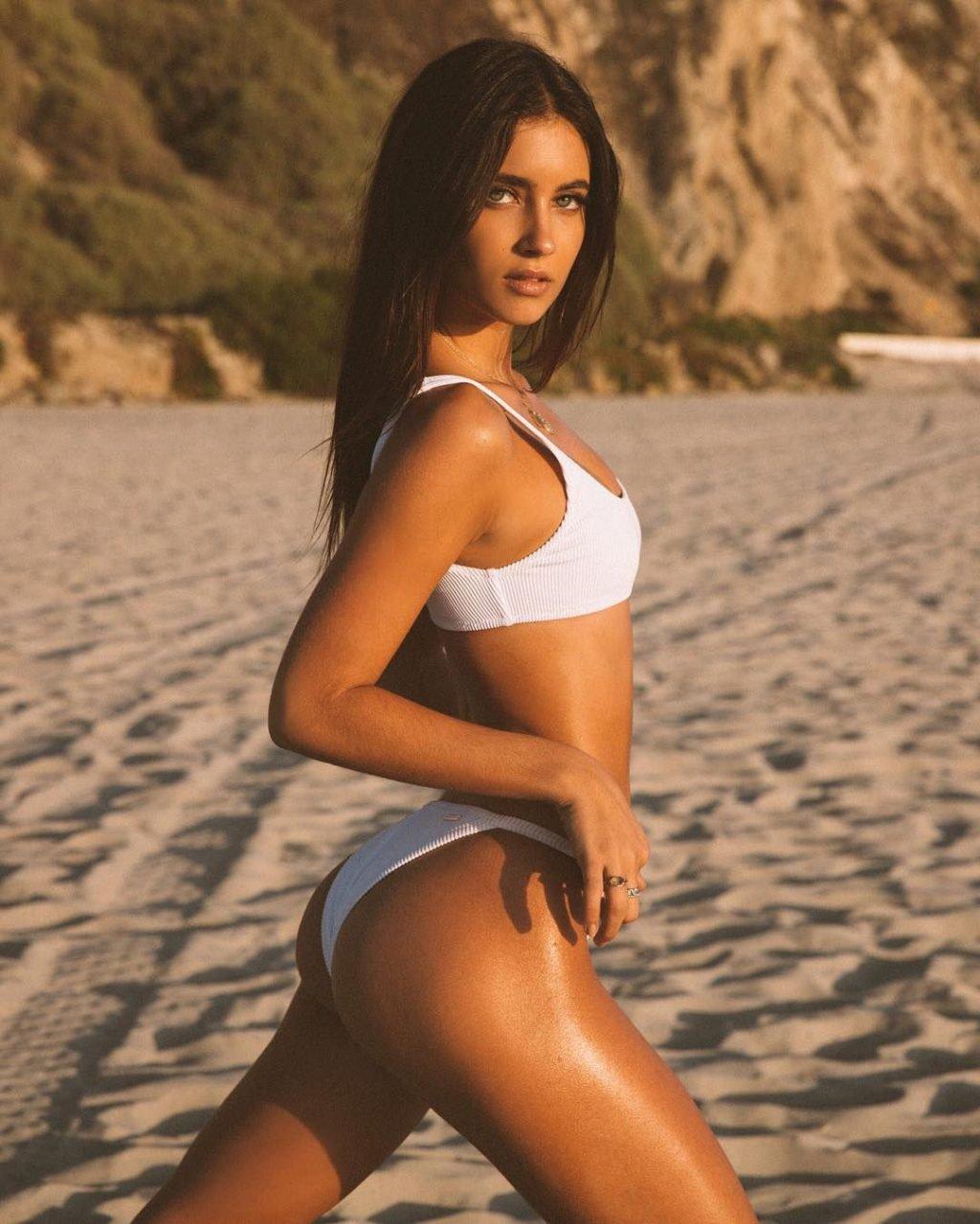 Elisha Herbert Nude & Sexy (186 Photos)