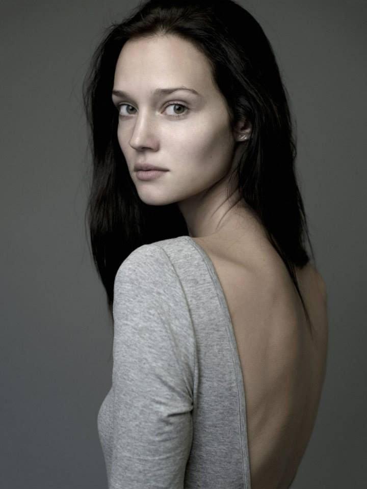 Johanna Szikszai Nude & Sexy (132 Photos)