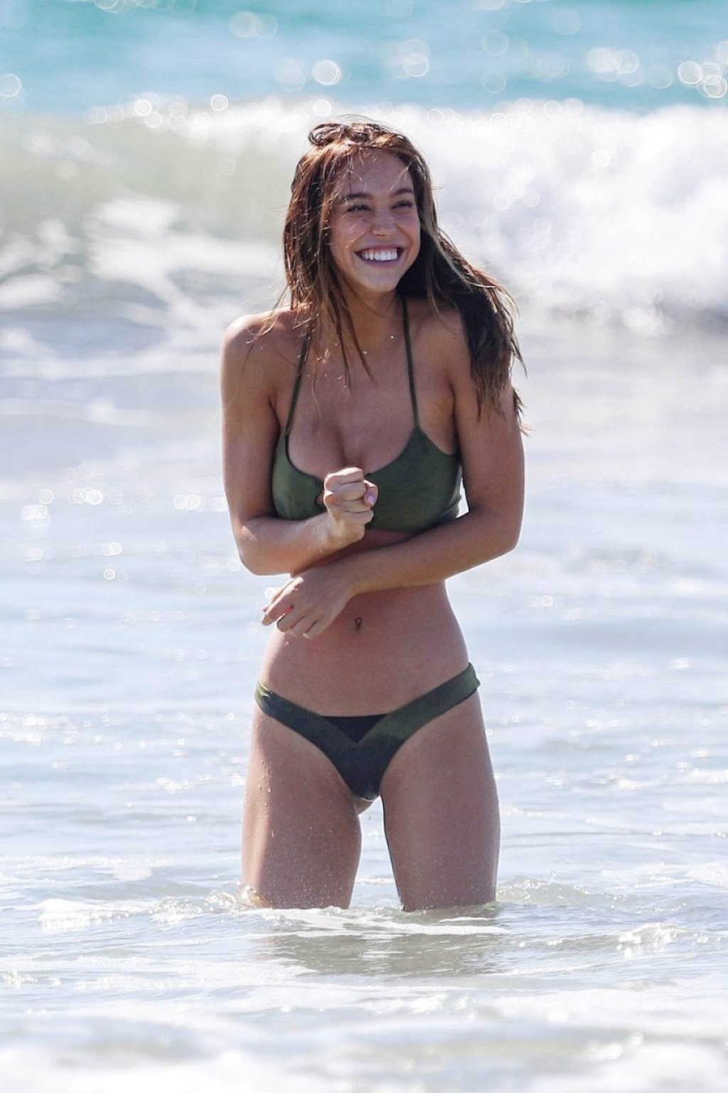 Alexis Ren Sexy (36 Photos)