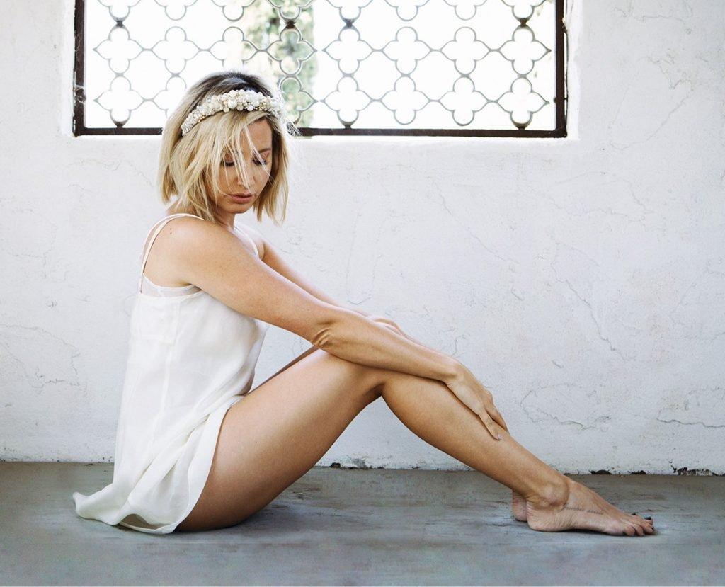 Ashley Tisdale Sexy (3 Photos)