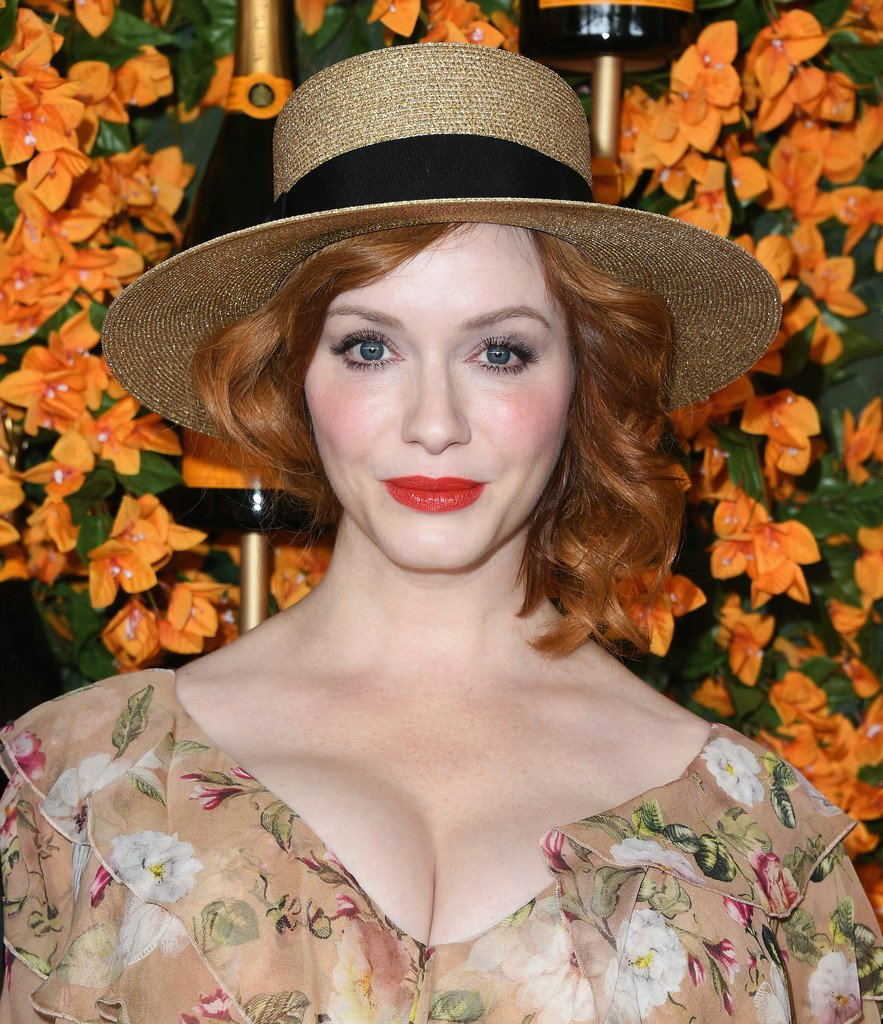 Christina Hendricks Sexy (10 Photos)