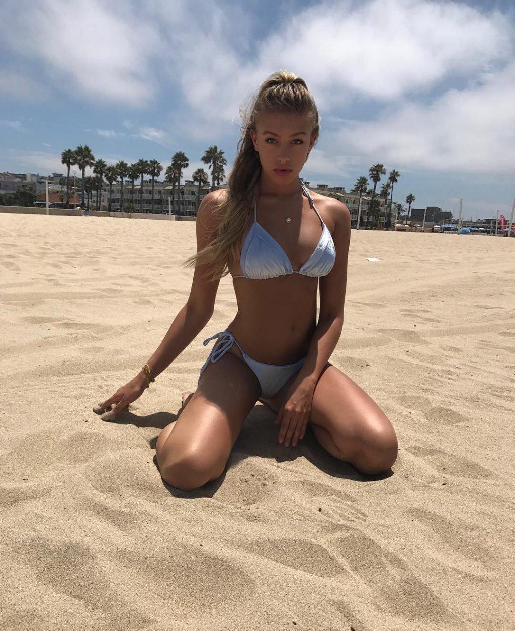 Logan Riley Hassel Sexy (115 Photos)