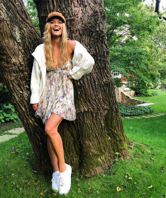 Nina Agdal Sexy (20 Photos + Videos)