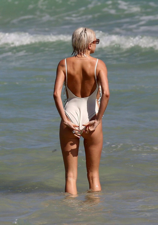 Caroline Vreeland Sexy (68 Photos)