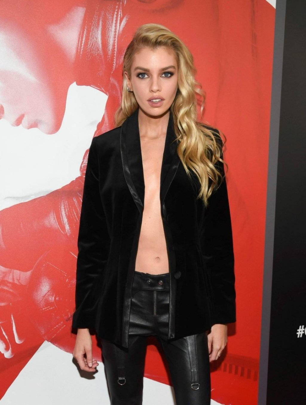 Stella Maxwell Braless (54 Photos)