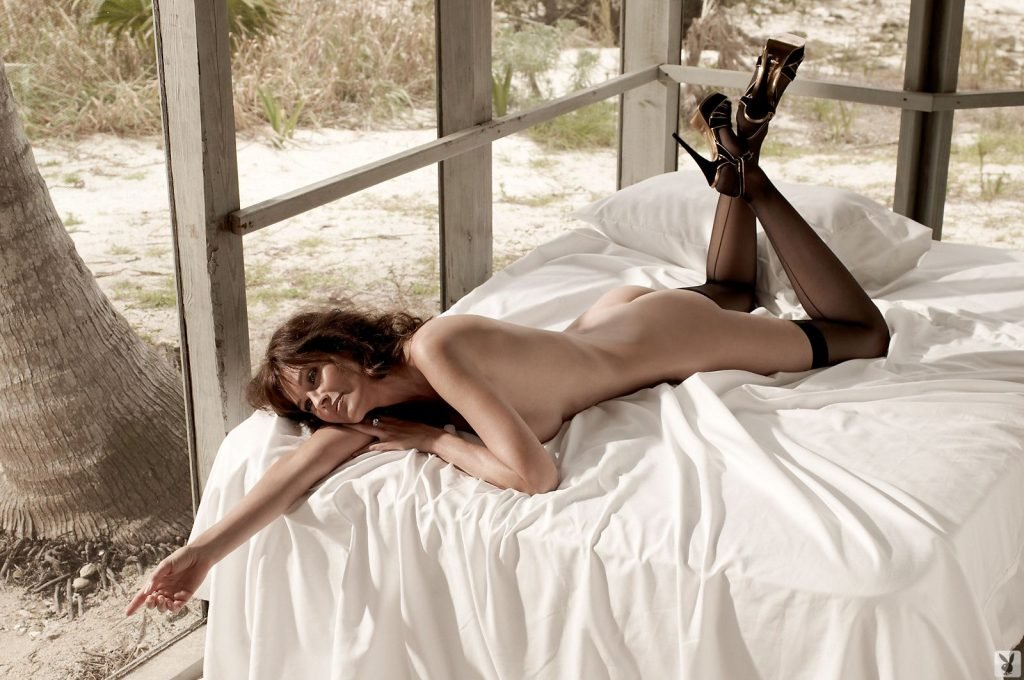 Carol Alt Nude & Sexy (53 Photos)