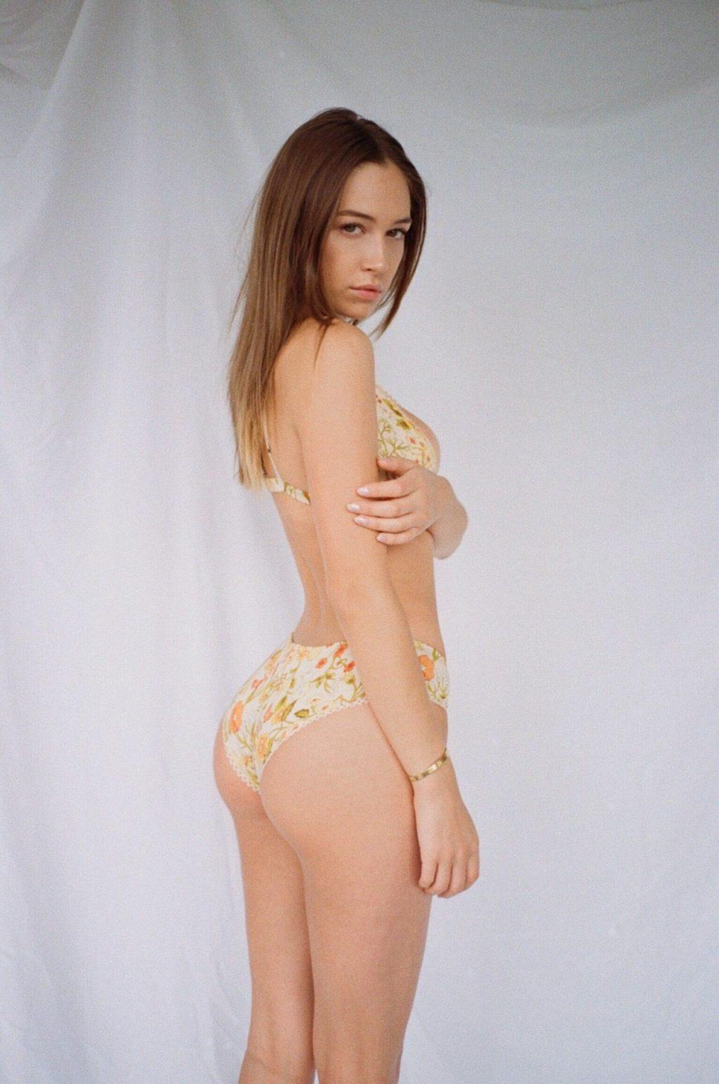 Elsie Hewitt Sexy (16 Photos)