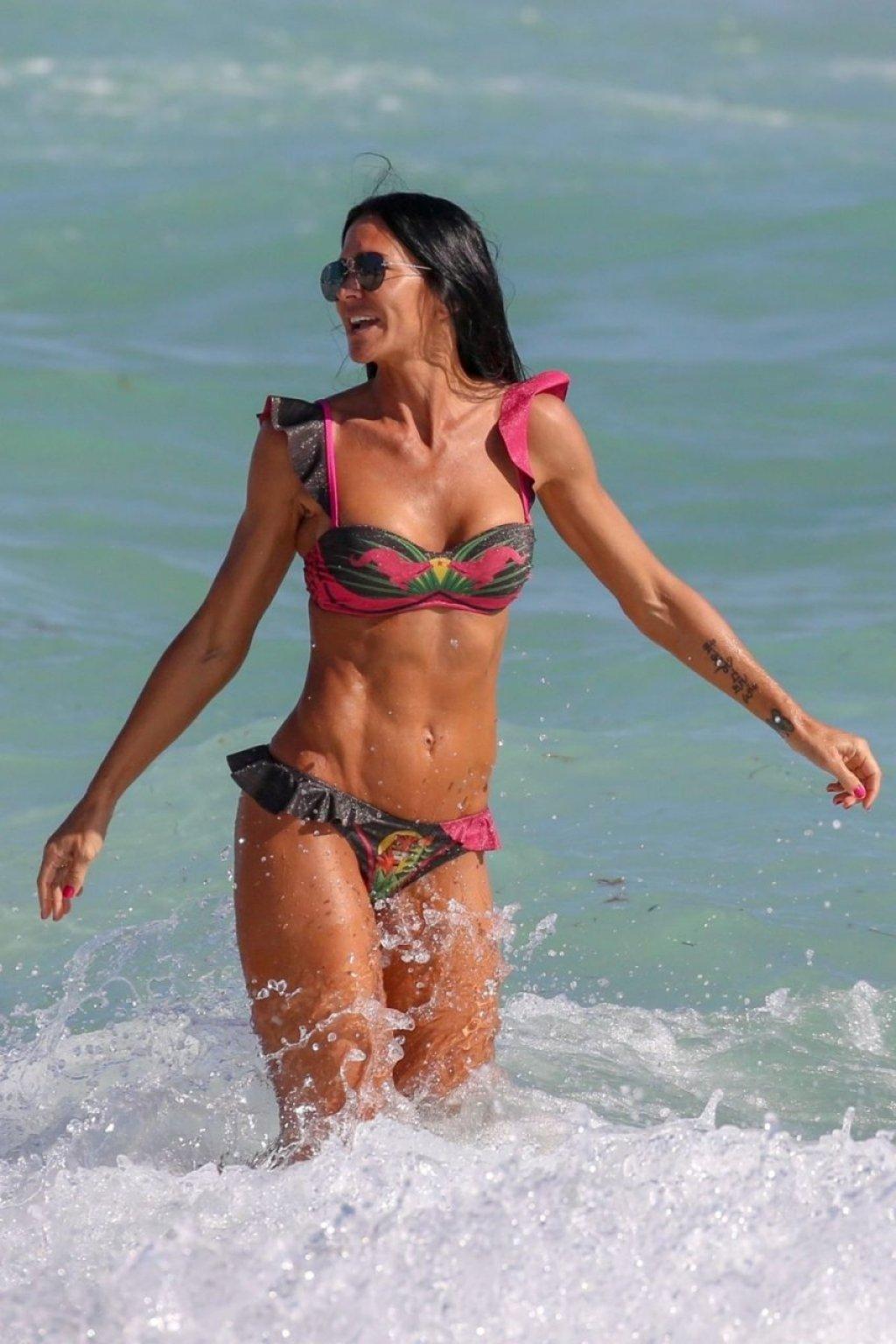 Carolina Baldini Sexy (42 Photos)