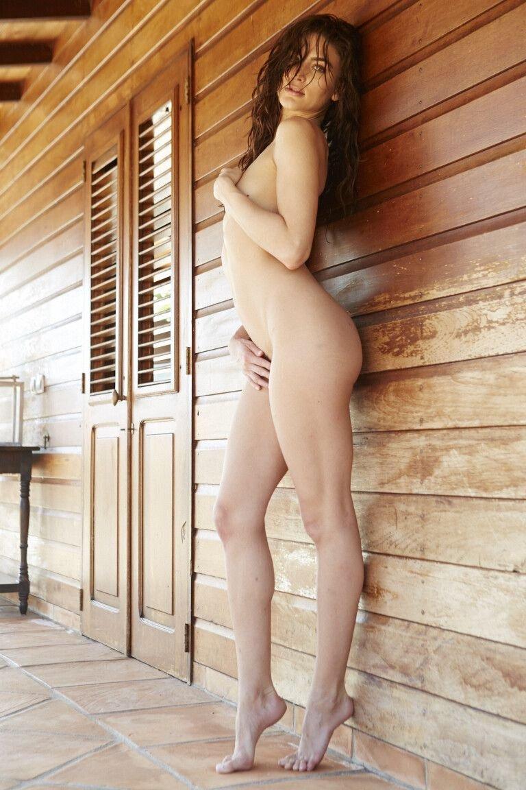 Christina Ionno Nude (17 Photos)