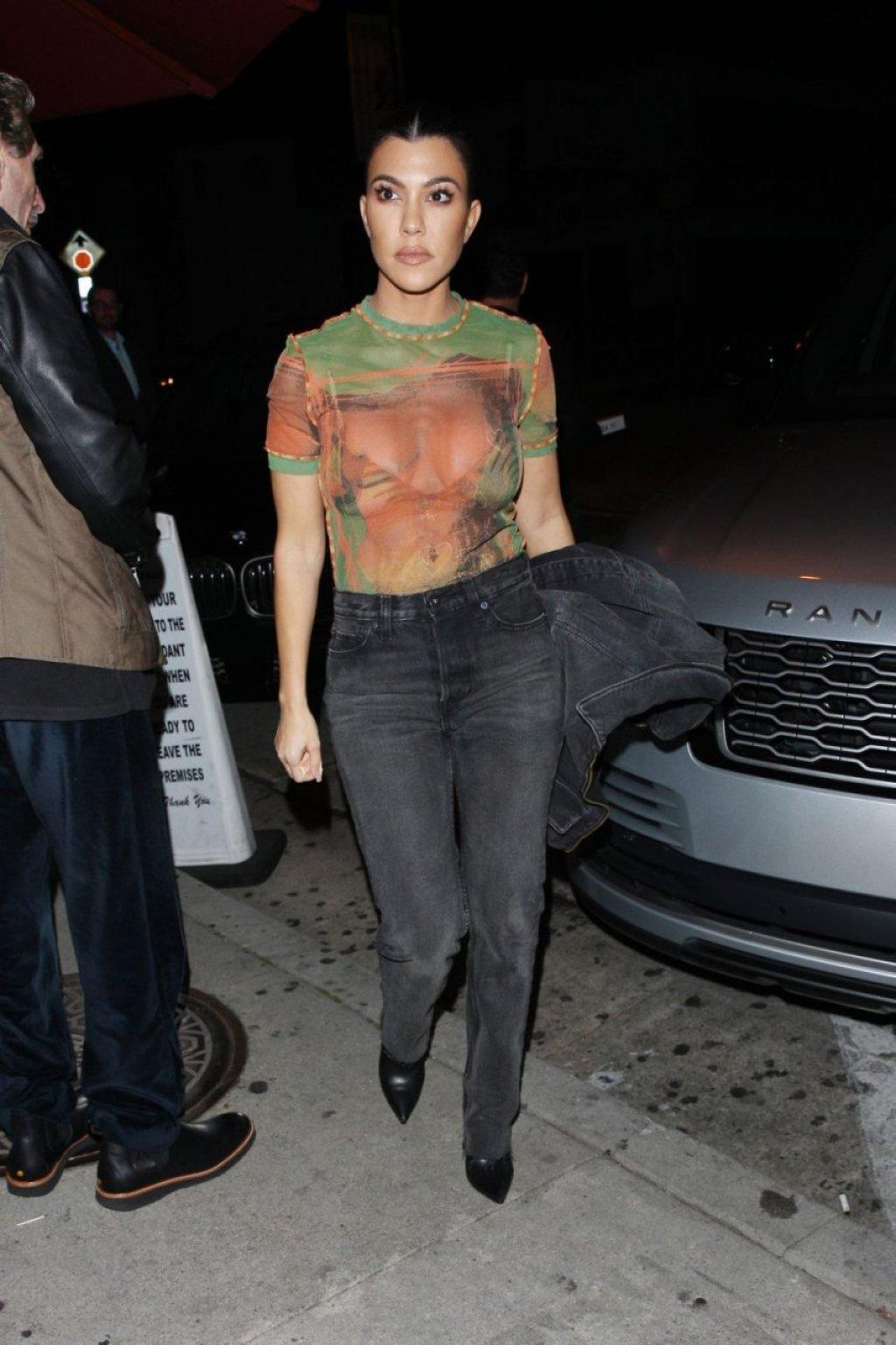 Kourtney Kardashian See Through (11 Photos)