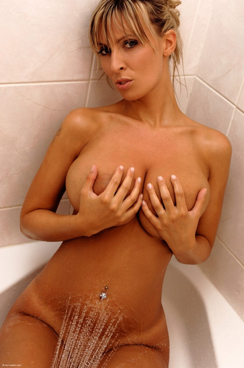 Milly Morris Naked (36 Photos)