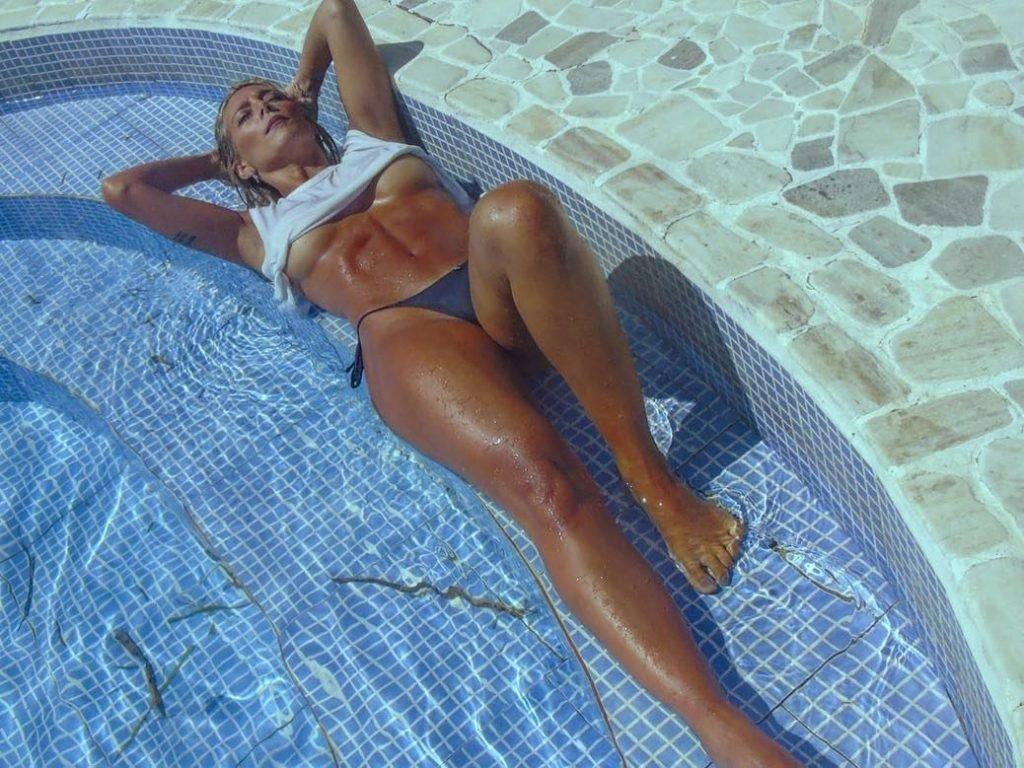 Solci Perez Nude & Sexy (35 Photos)