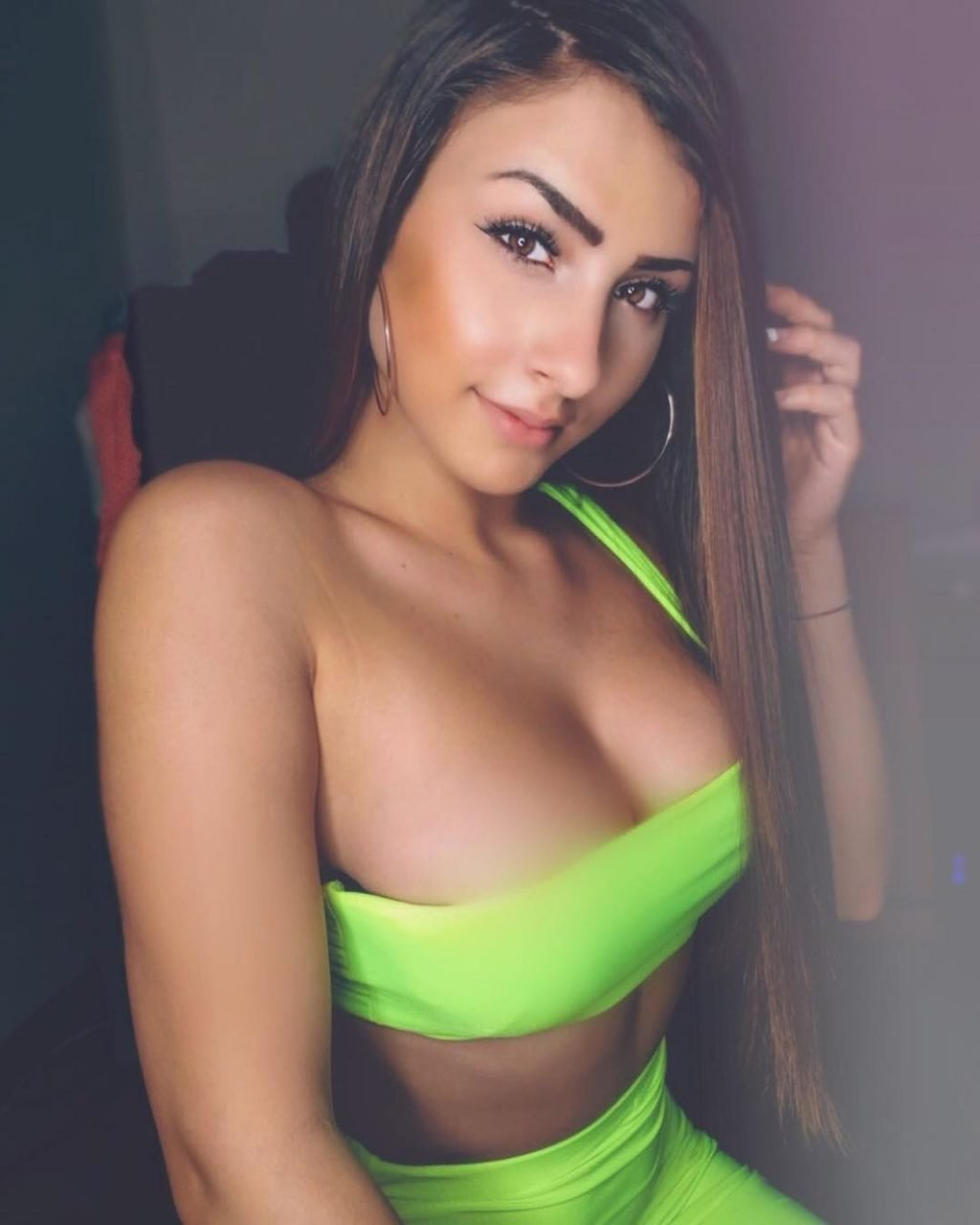 Vazzzle Sexy (205 Photos)