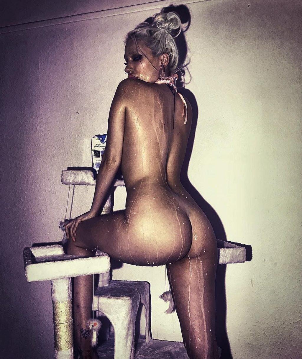 Gina Harrison Nude & Sexy (142 Photos)