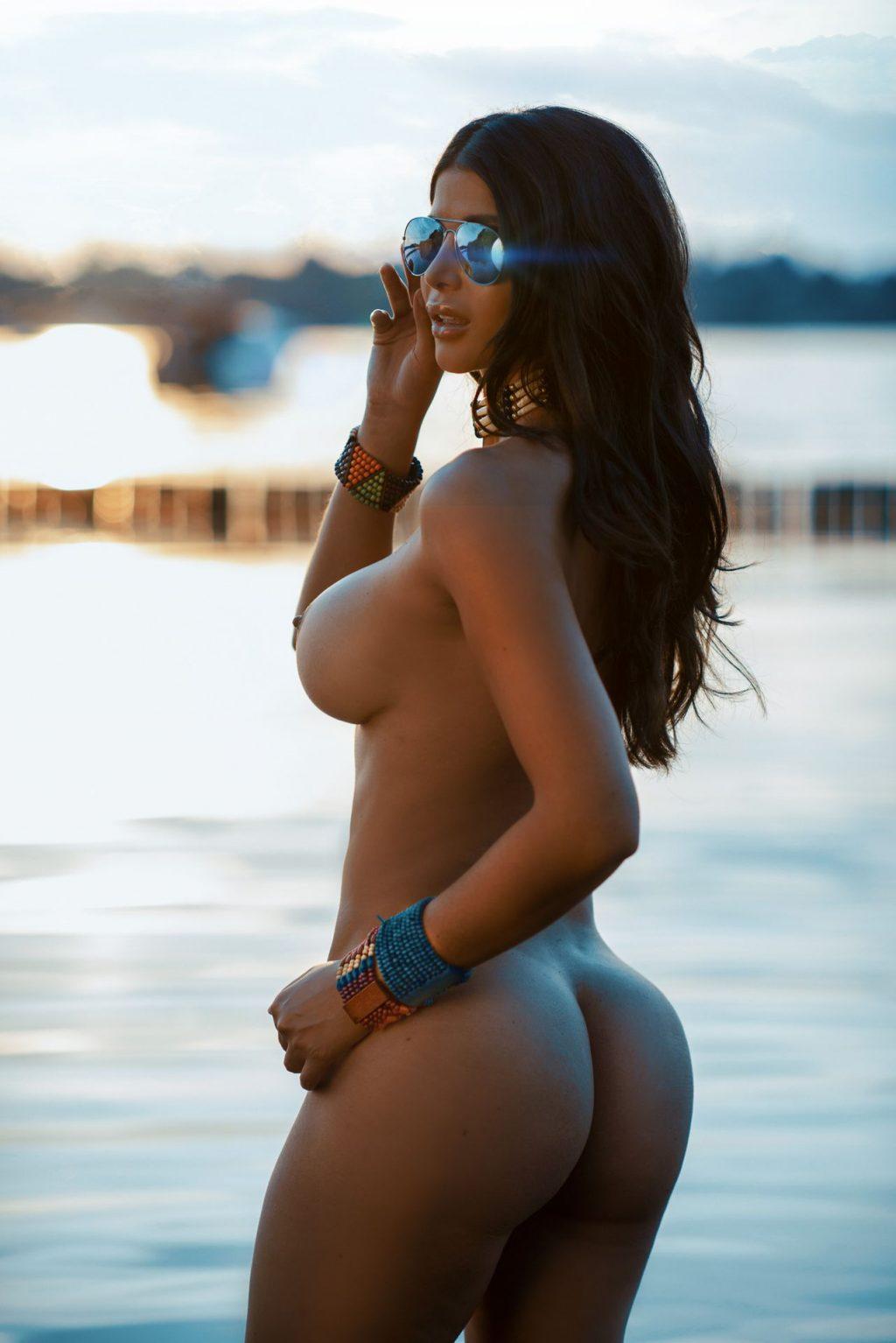 Micaela Schäfer Nude & Sexy (21 Photos)