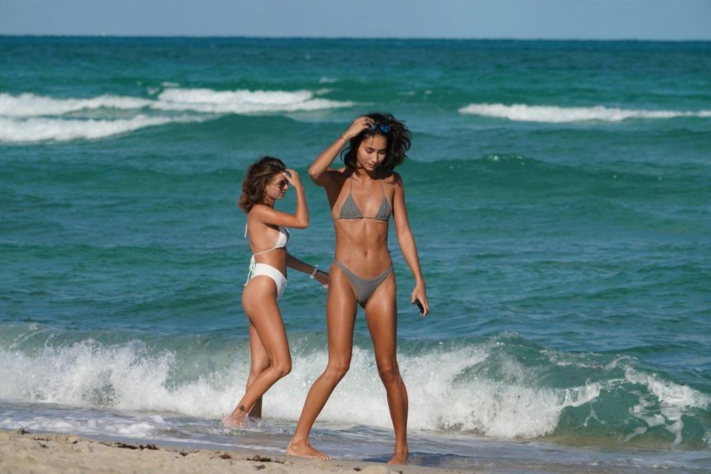 Jessica Martin & Olivia Pascale Sexy (22 Photos)