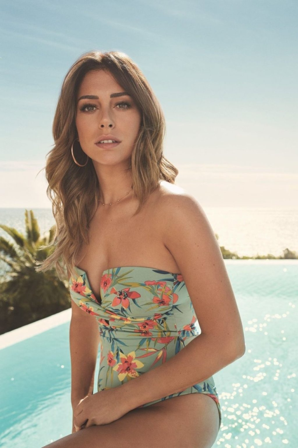 Blanca Suarez Sexy (6 Photos)