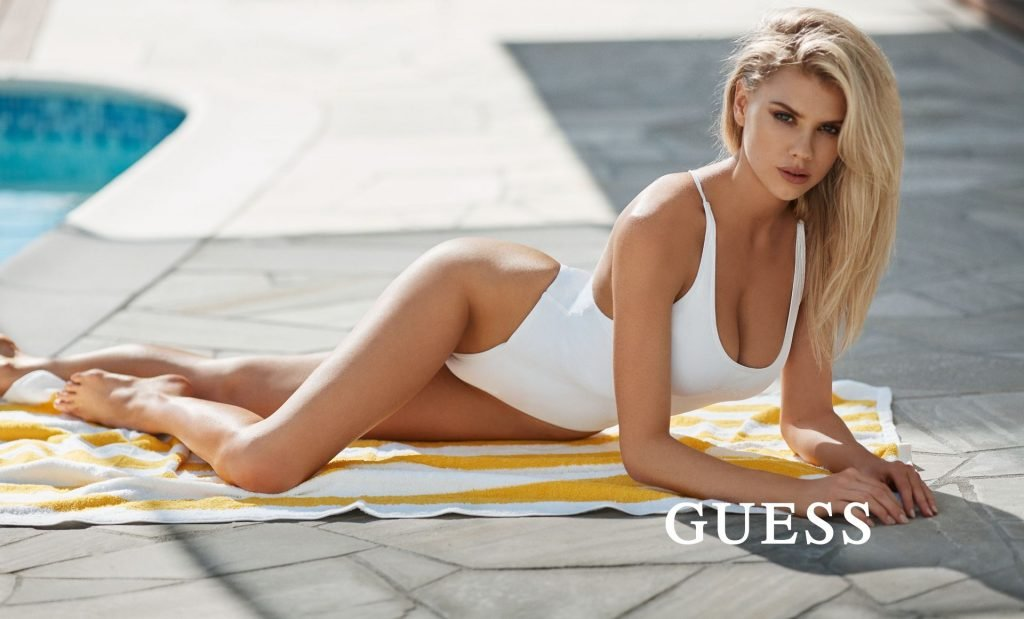 Charlotte McKinney Sexy (8 Hot Photos)