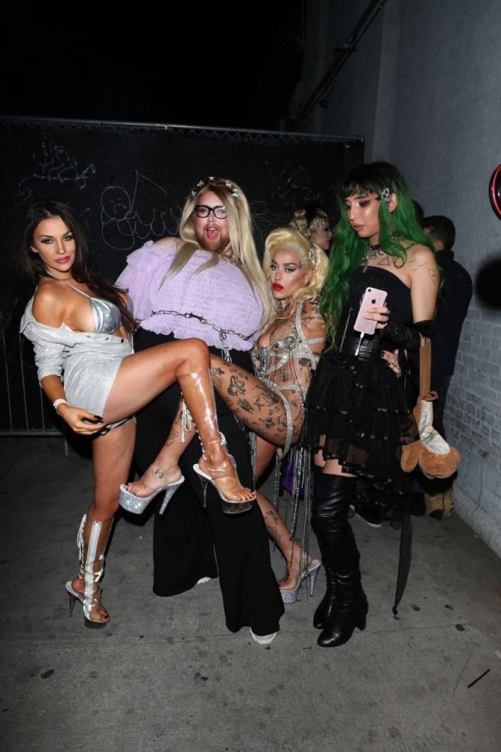 Courtney Stodden, Brooke Candy Nude & Sexy (77 Photos)