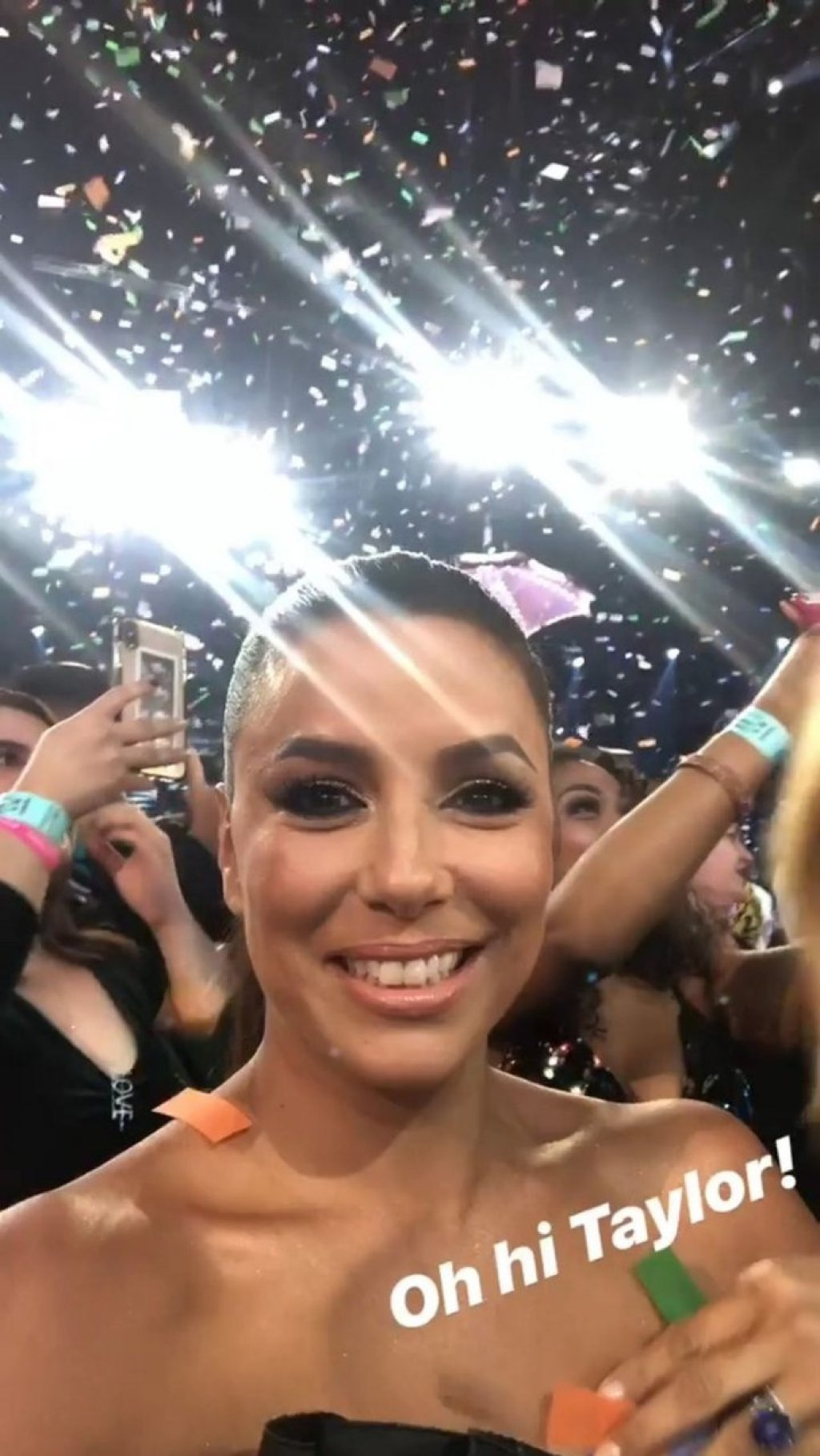 Eva Longoria Sexy (31 New Photos + Video)