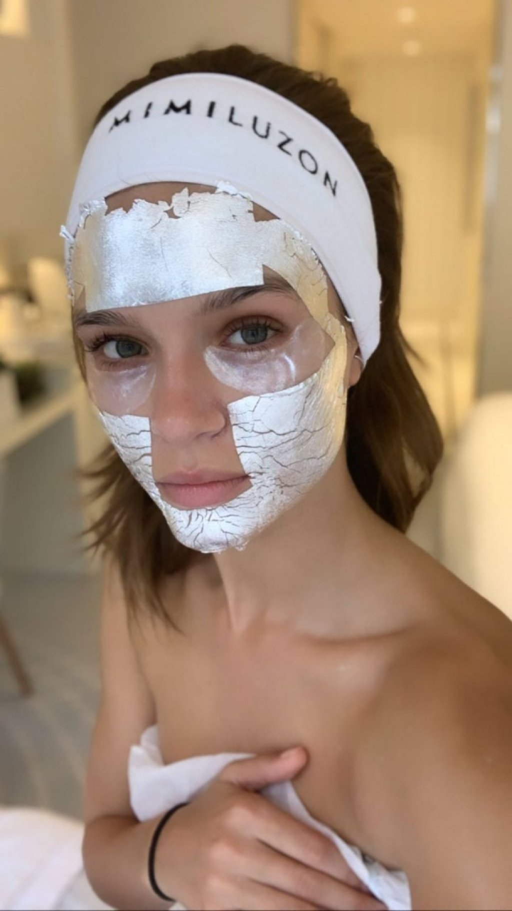 Josephine Skriver Sexy (25 Photos)