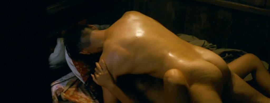 Lang Khê Tran Nude – Les confins du monde (27 Pics + GIFs & Video)
