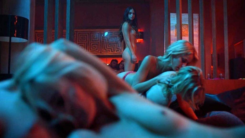 Melissa Barrera, Tru Collins Nude – Vida (9 Pics + GIF & Video)