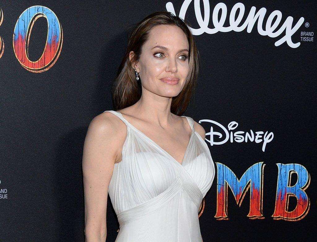 Angelina Jolie Sexy (60 Photos)