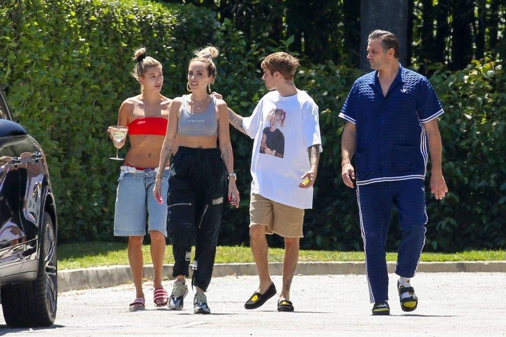Hailey Bieber Sexy (21 New Photos)
