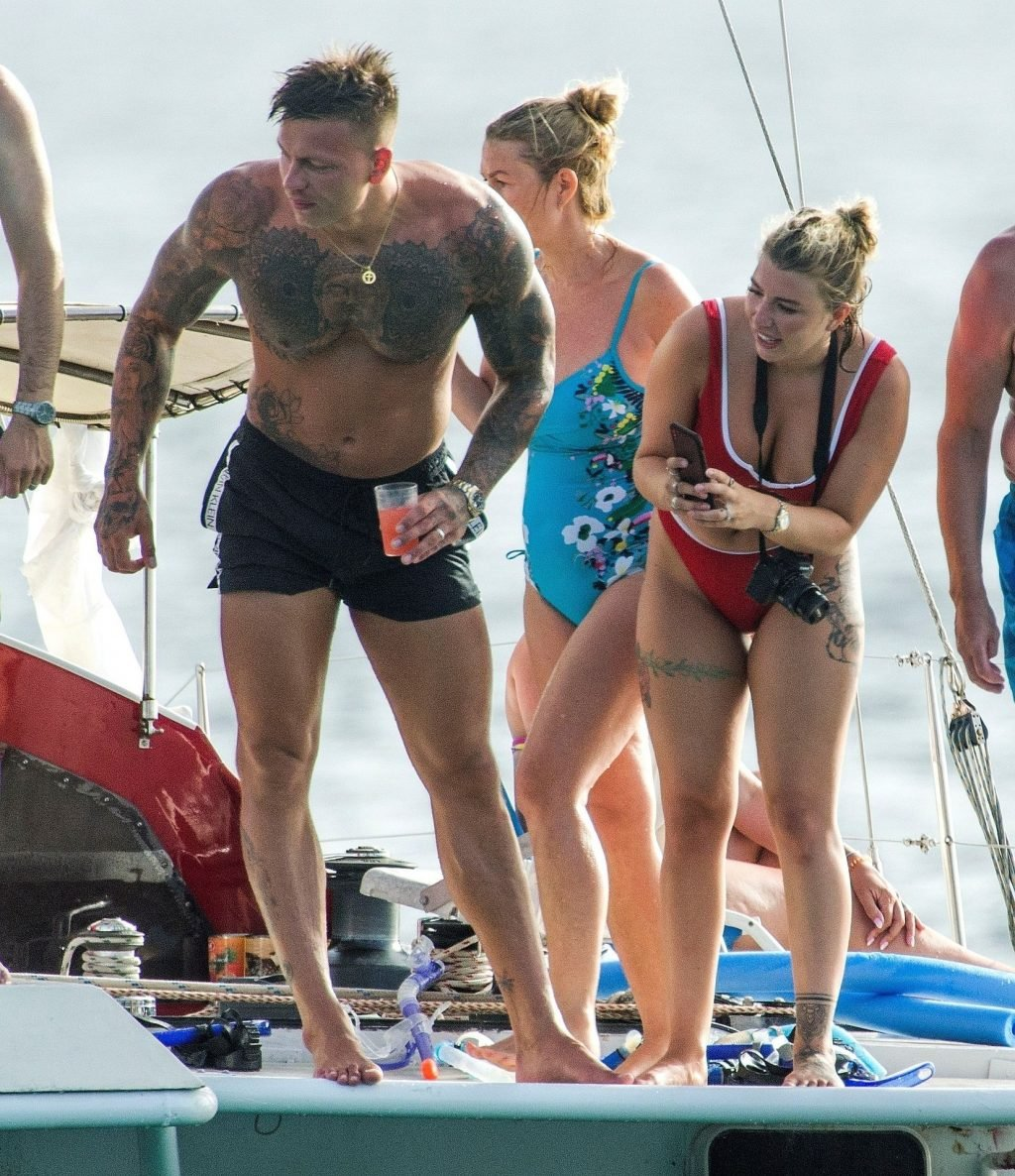 Olivia Buckland Sexy (58 Photos)