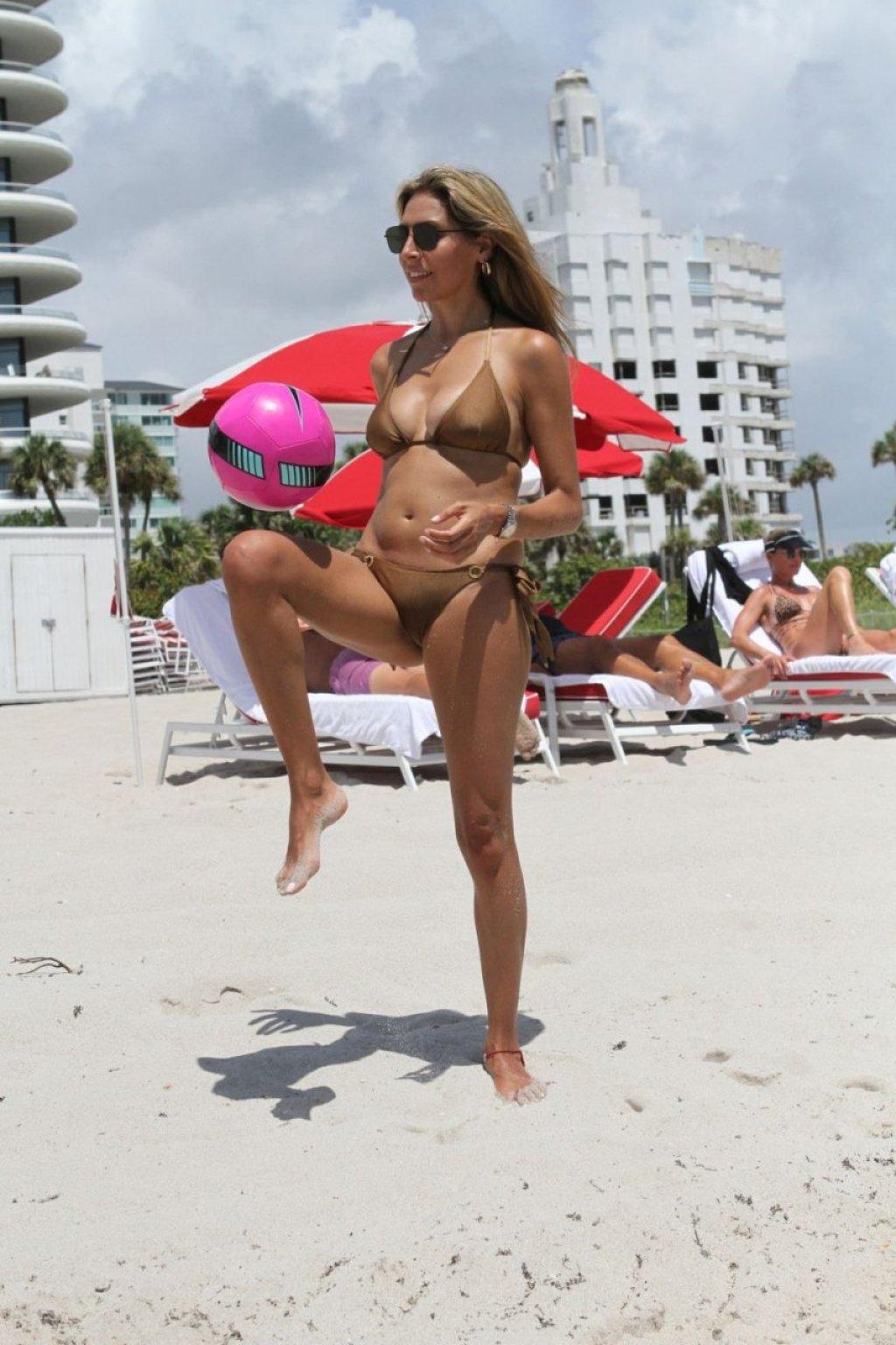 Eva Marcela Sexy (42 Photos)