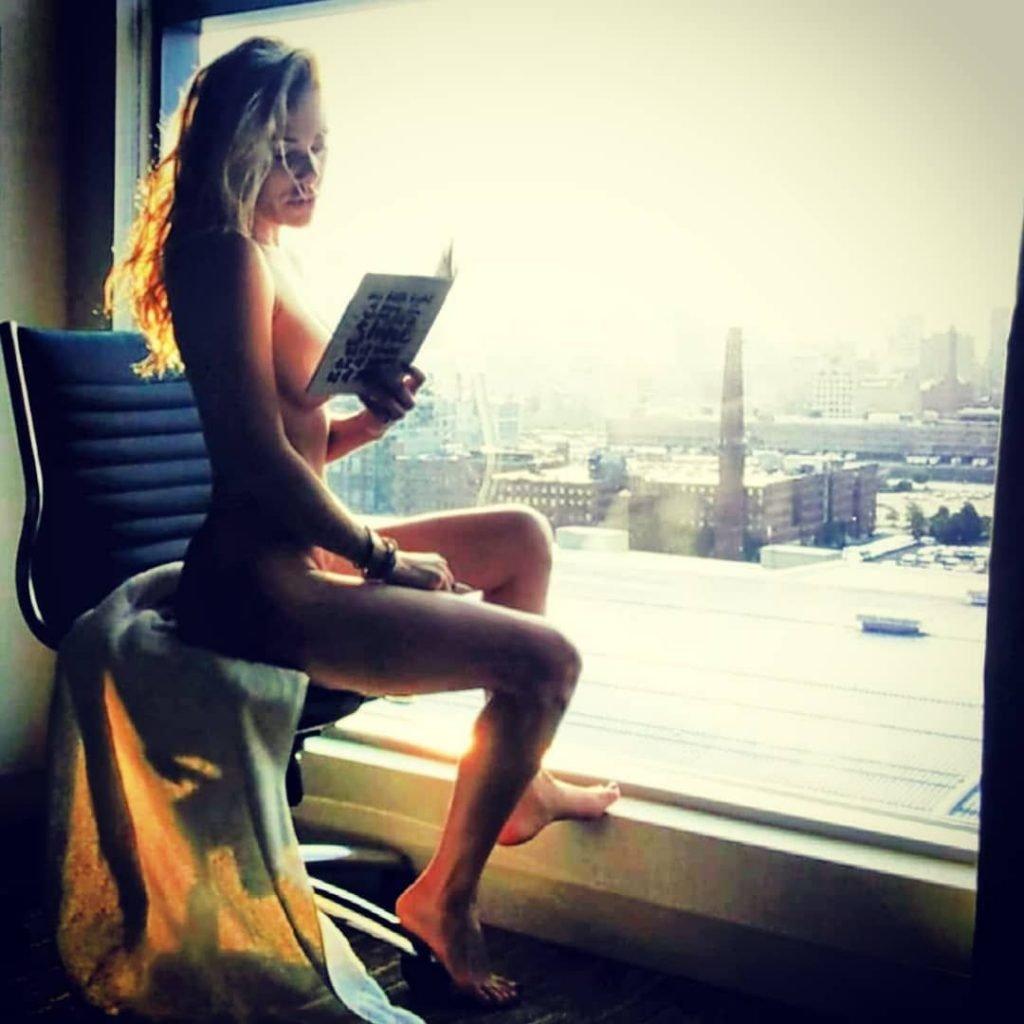 Kate Quigley Nude & Sexy (85 Photos)