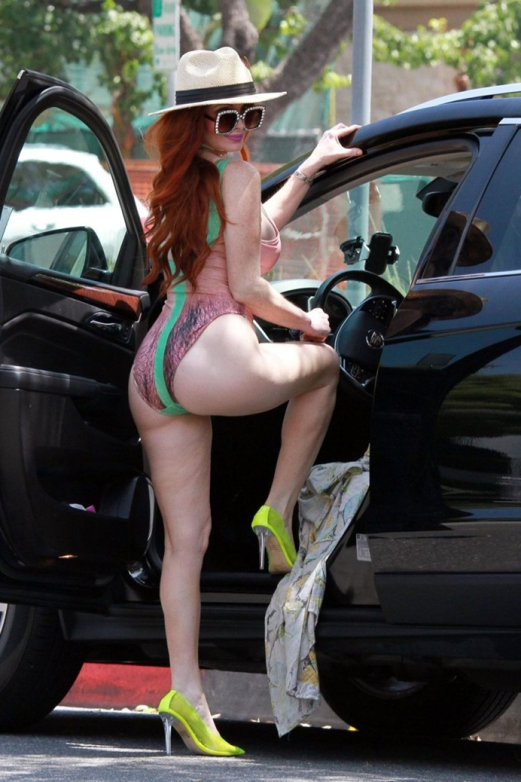 Phoebe Price, Marcela Iglesias Sexy (75 Photos)