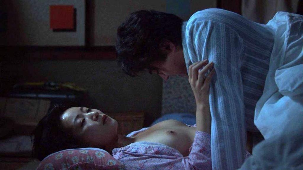 Ruri Shinato Nude – The Naked Director (6 Pics + GIF & Video)