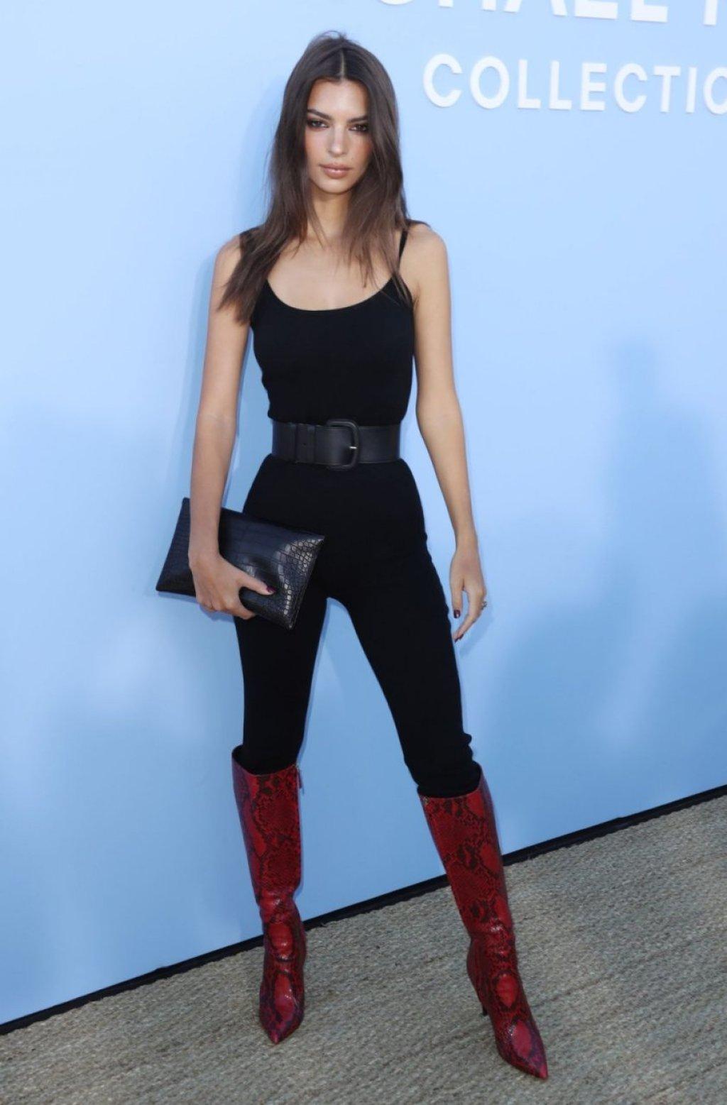 Emily Ratajkowski Sexy (34 New Photos)