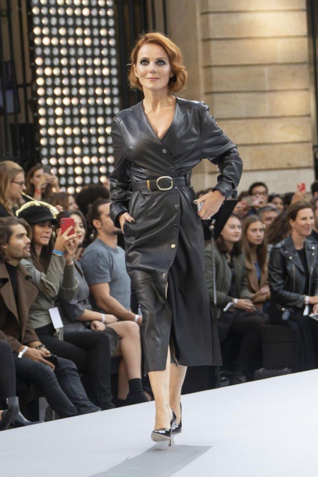 Geri Halliwell Sexy (13 Photos)