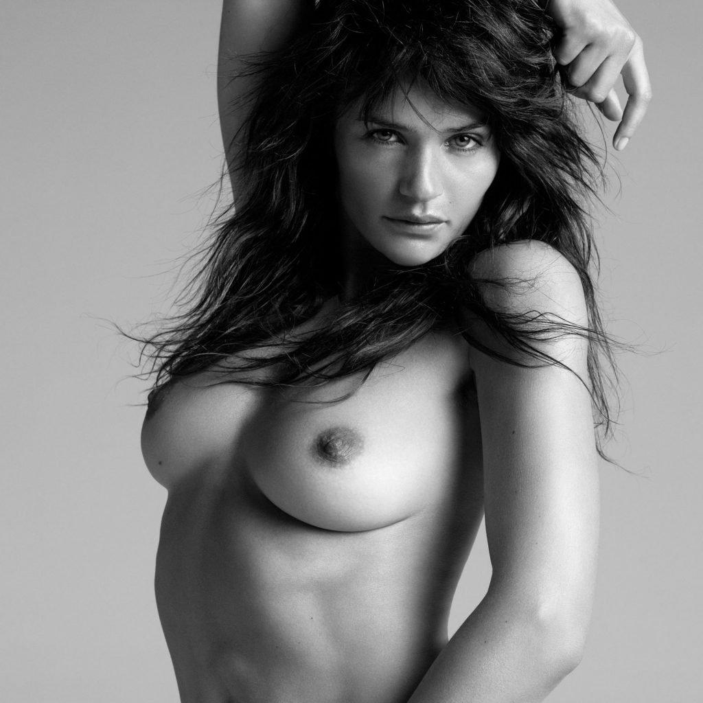 Helena Christensen Nude (7 Photos)