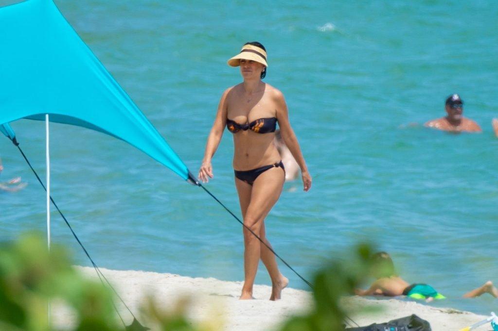 Raquel Perera Sexy (26 Photos)