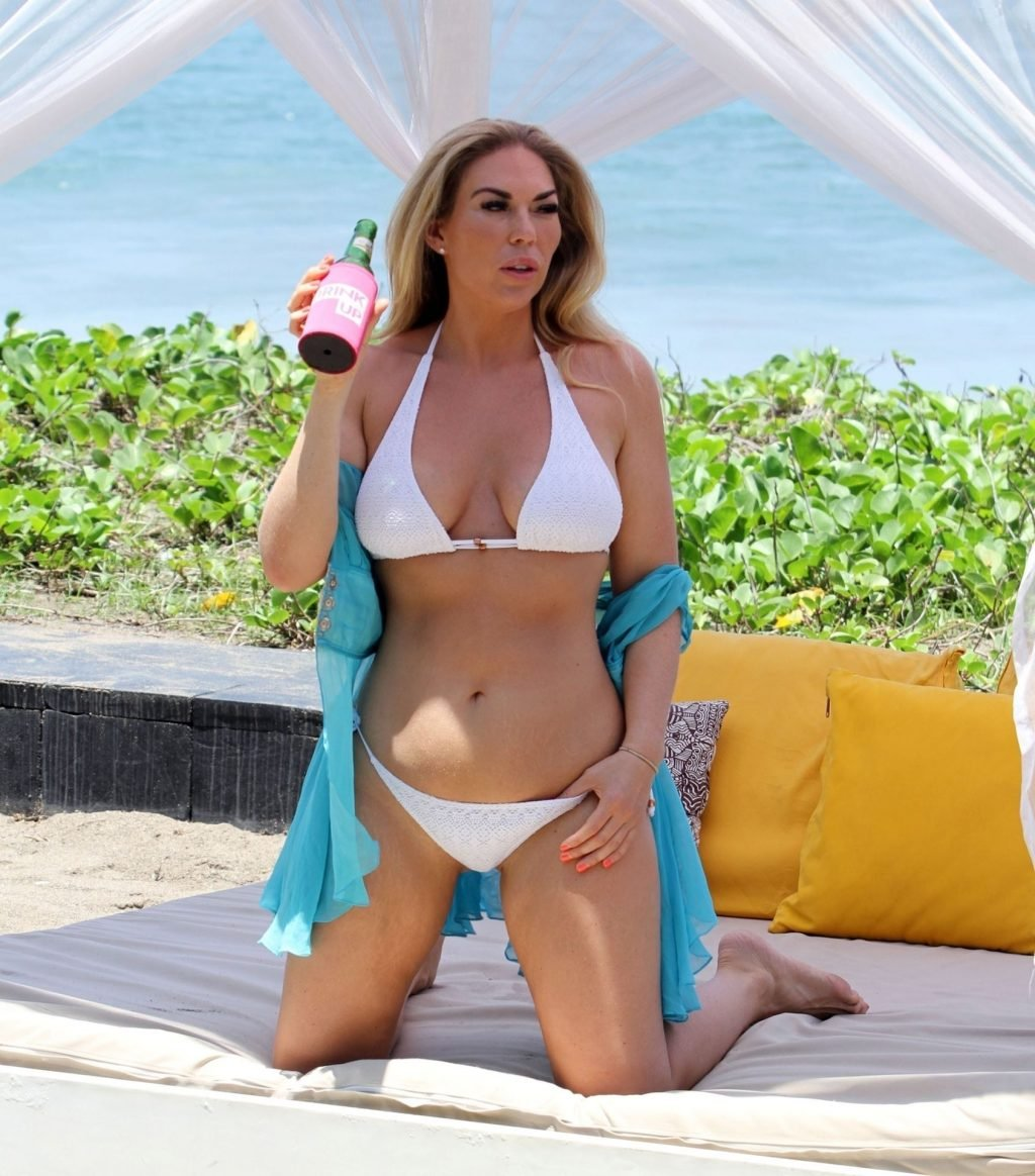 Frankie Essex Sexy (14 Hot Photos)