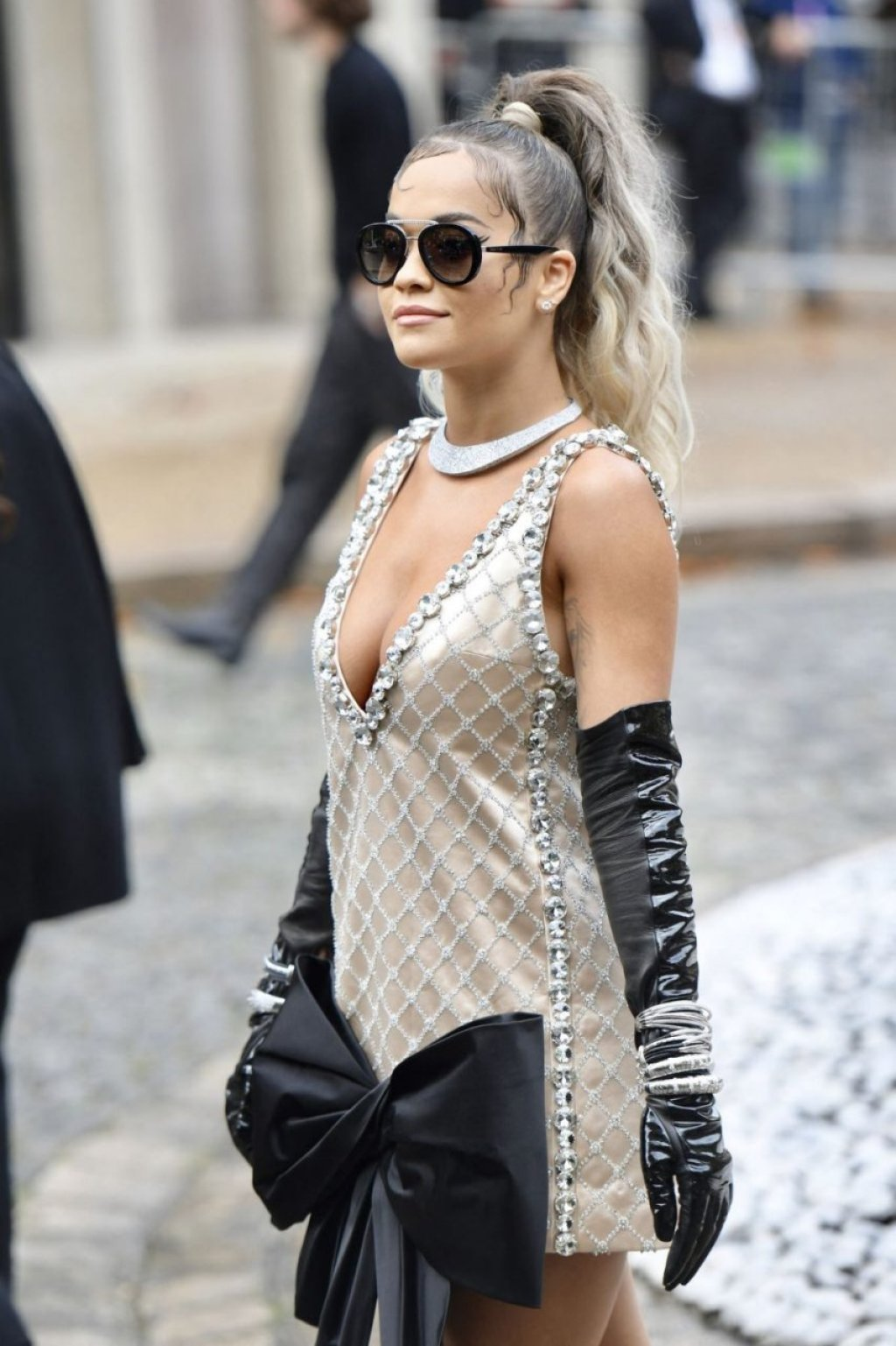 Rita Ora Sexy (52 Photos + Video)