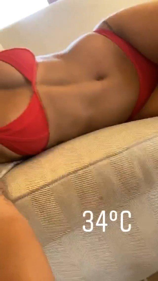Rita Ora Sexy (4 Pics + GIF)