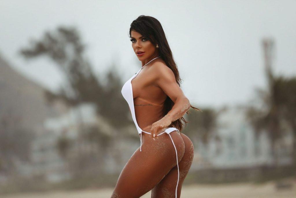 Suzy Cortez Sexy (22 Photos)